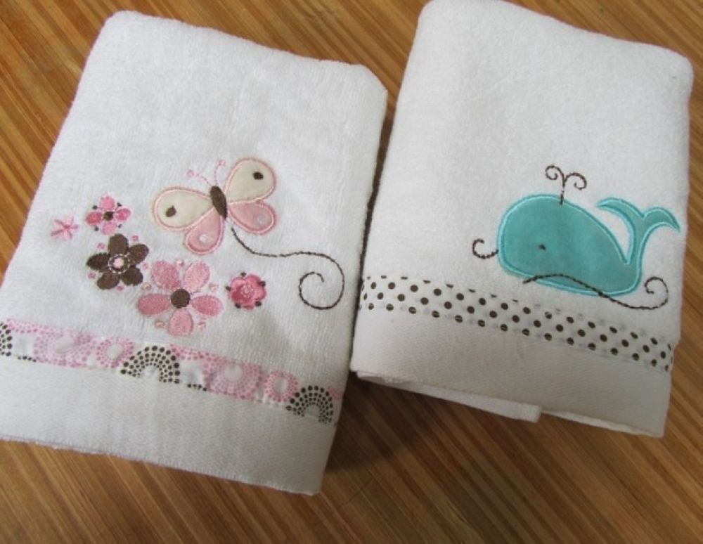 AND BAR TOWELS